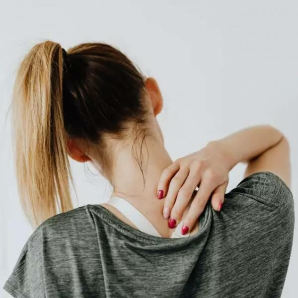 desk home working neck pain