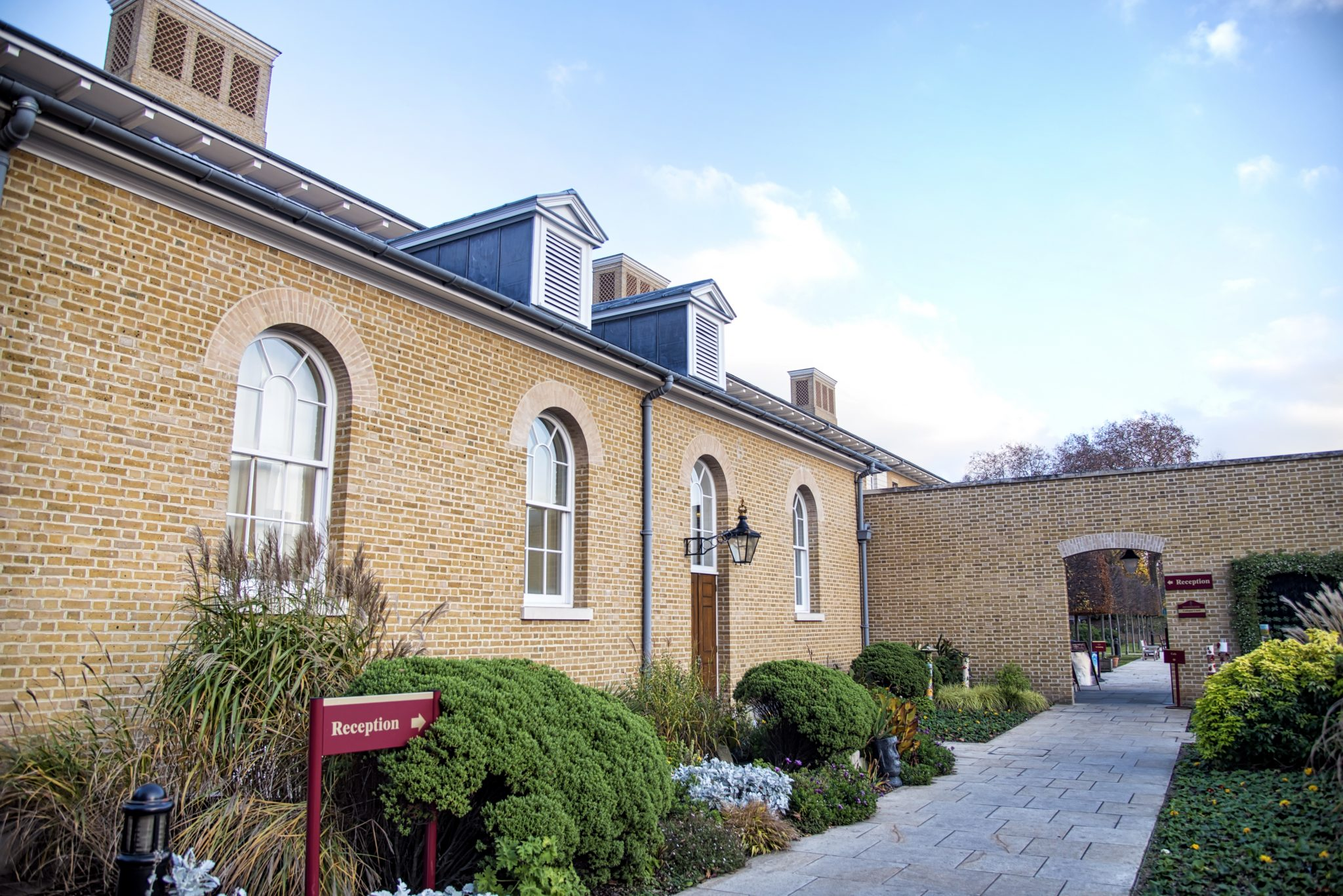 royal hospital chelsea physio clinic entrance